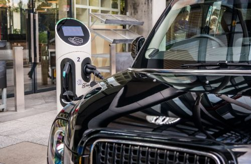 Manufacturer Invites Birmingham Cabbies Behind The Wheel Of New Electric Taxi