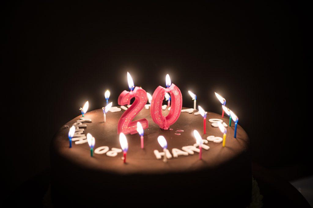 20th Birthday Cake Thebusinessdesk