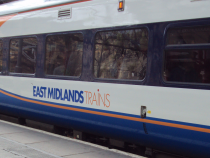 East_Midlands_train_at_Liverpool_Lime_Street_-_DSC09937